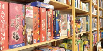 【親子で体験しよう】世界の ボードゲーム で遊べる!子供と行ける ボードゲーム カフェ「アソビCafe」(神保町)