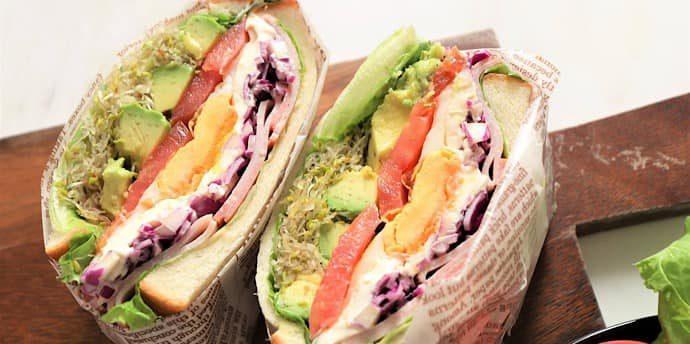 野菜がもりもり! 重ねるだけで簡単キレイなサンドイッチ【レシピ】