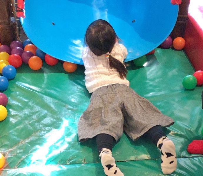 オールデイホーム 武蔵小山店 すべり台やボールプール!子どもの喜ぶものがたくさん!