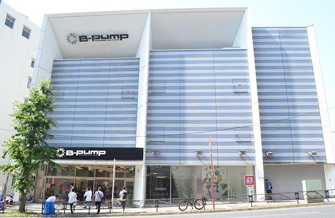 都内最大級のボルダリングジムB-PUMP秋葉原店